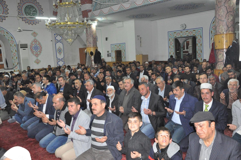 BERAT KANDİLİ GÜRÜN'DE COŞKUYLA İDRAK EDİLDİ