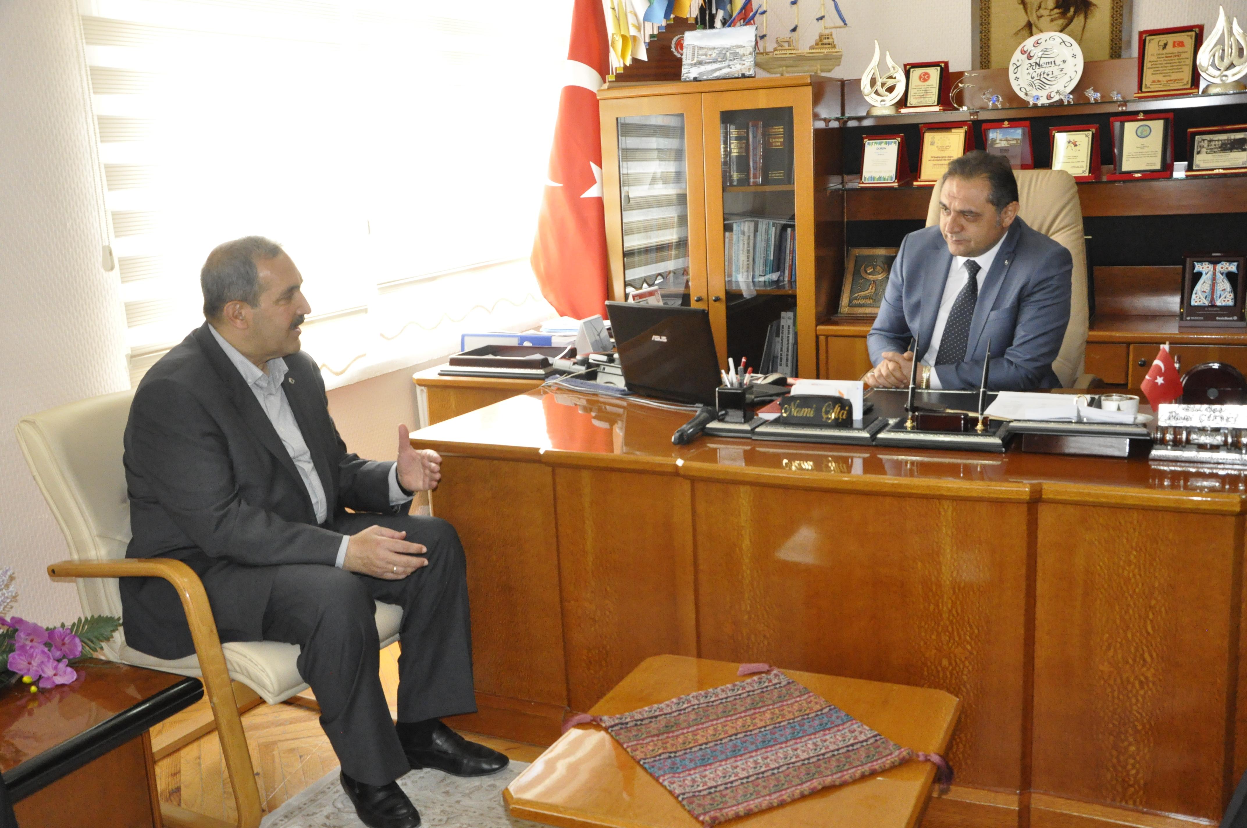 Doğan Ürgüp ve Dursun Coşar Seçim Çalışmaları Kapsamında Gürün'ü Ziyaret Etti